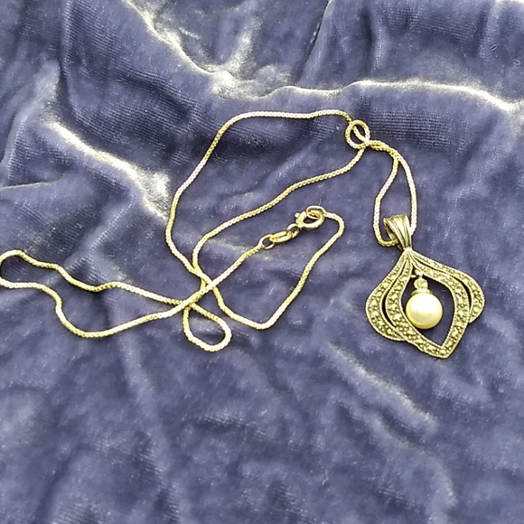 Vintage Jewelry - Vintage Sterling and Marcasite necklace.